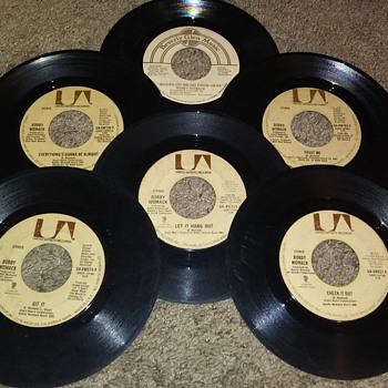 45 RPM SINGLE(S)....#231-#236 - Records