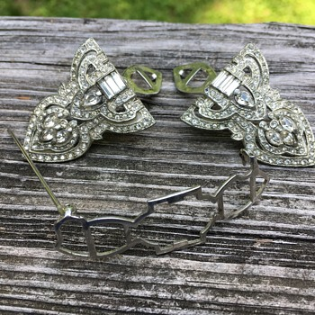 Sweater Clip Brooch Combo? - Costume Jewelry