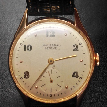 vintage Universal Geneve--solid gold - Wristwatches