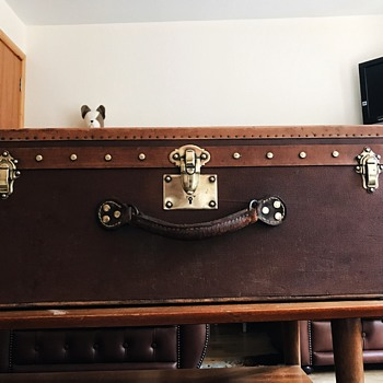 Has anyone got an idea of who may have made this old trunk?