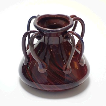 VENICE AND MURANO COMPANY CHALCEDONY JAR CIRCA 1898 - Art Glass