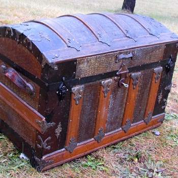 "1890's 28"" Alligator Dome top Trunk - Furniture"