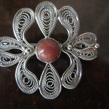 Silver Filigree Pin with Coral - Fine Jewelry