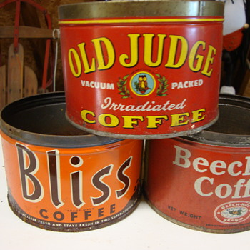 Coffee cans long forgotten in an attic.........OLD JUDGE, BLISS, BEECH NUT - Advertising