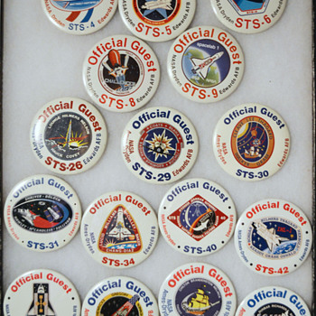Space Shuttle landing guest badges - Military and Wartime