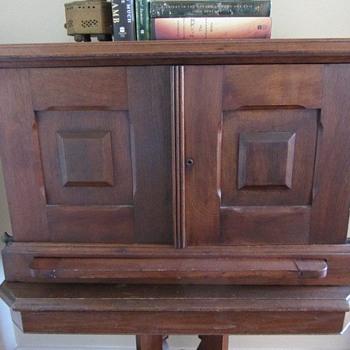 Family heirloom traveling desk/secretary - Furniture