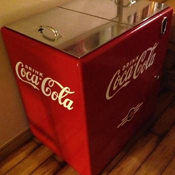 Coke Ice Chest ( Kelvinator ? )