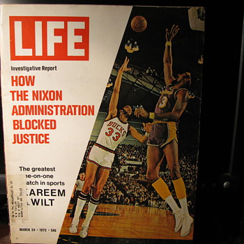 1972 Life Magazine - Paper