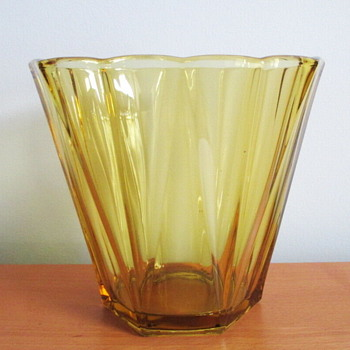 Mystery SOLVED, 1930 Amber Glass Vase, produced for Liege International Exhibition by Belgium's Val St. Lambert. - Art Glass
