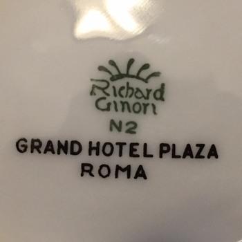 "Richard Ginori ""Grand Hotel Plaza Roma"" Dish - Kitchen"