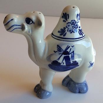 ? Delft Camel Salt & Pepper Shaker - Kitchen