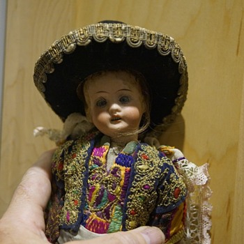 ANTIQUE VINTAGE DOLL - CENTRAL AMERICAN MAYBE? - Dolls