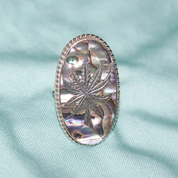 Mexican Sterling Silver and Abalone Ring