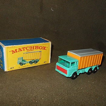 Modern Marvel Matchbox Monday MB-47 DAF Tipper Container Truck - Model Cars