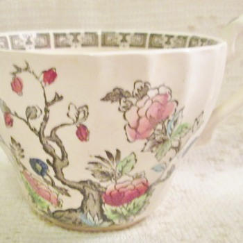 Myott Indian Tree teacups - China and Dinnerware