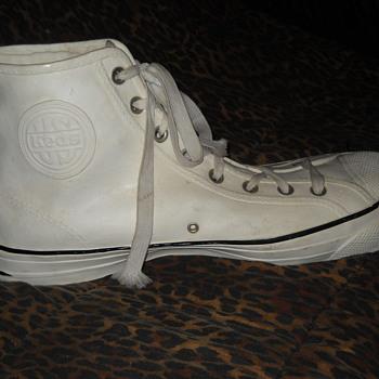Keds shoe Display