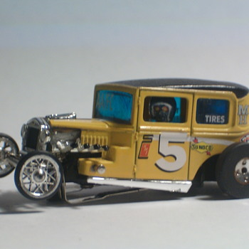 CUSTOM 1/64 SLOT CAR TYCO BODY,T-JET SLIMLINE CHASSIS