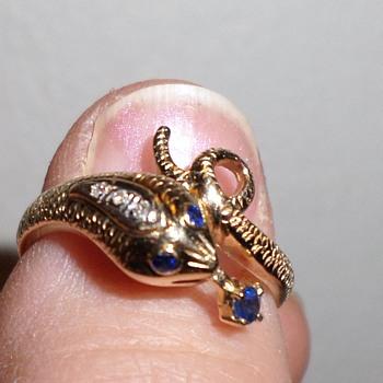 14K Sapphire And Diamond Snake Ring