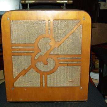 My very rare & only known first electric amp from 1930 by electar-Epiphone!!!