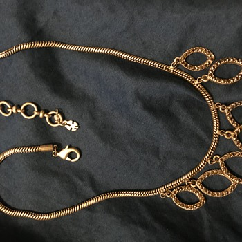 This is a beautiful  necklace - Costume Jewelry