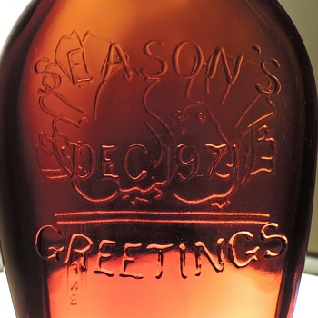 1971 Anchor Hocking Season's Greetings Bottle Flask Christmas FNB Bank Embossed Doves New Jersey Amber Brown - Bottles