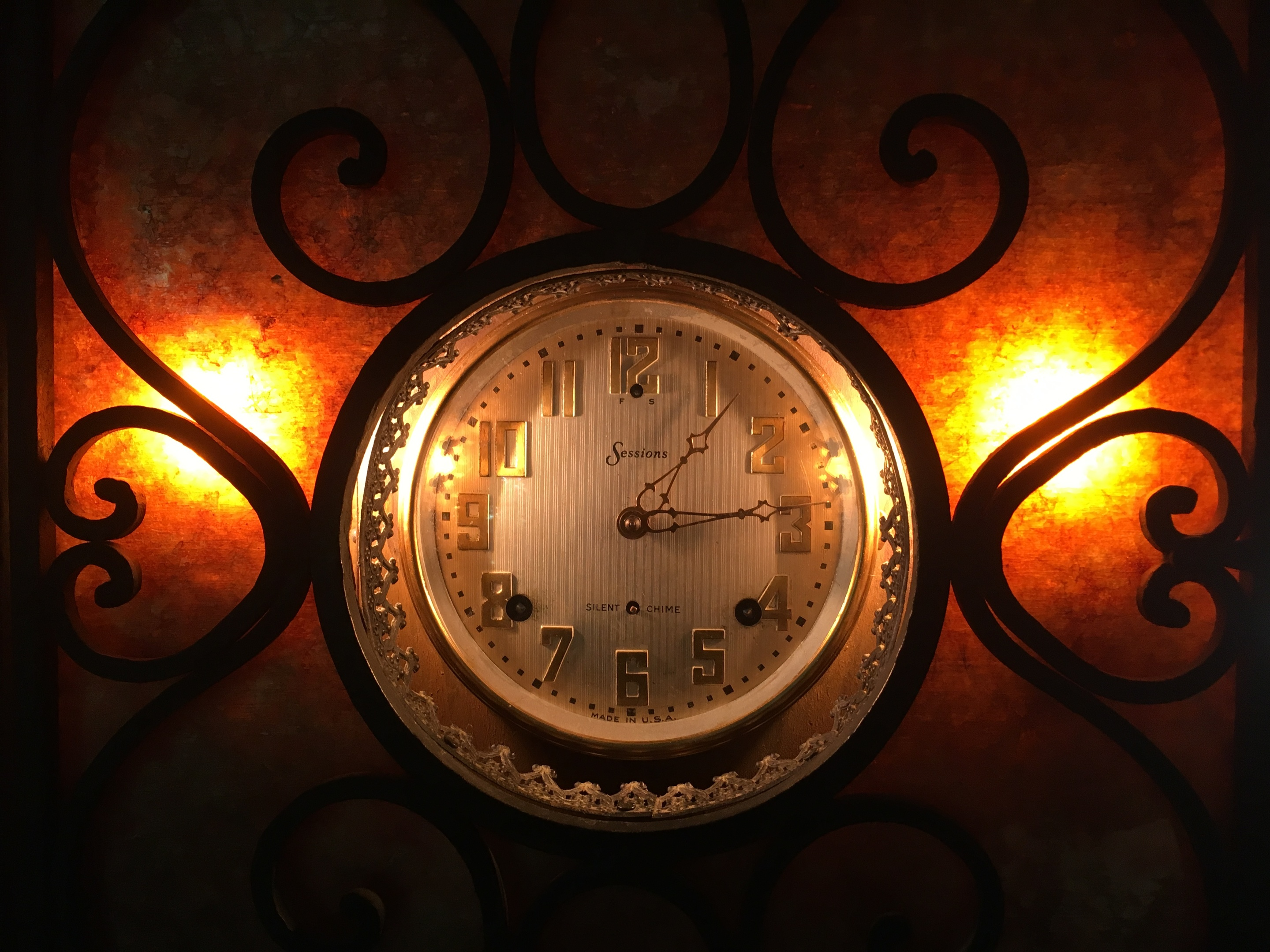 Newly Restored Sessions Clock Works in Custom Clock