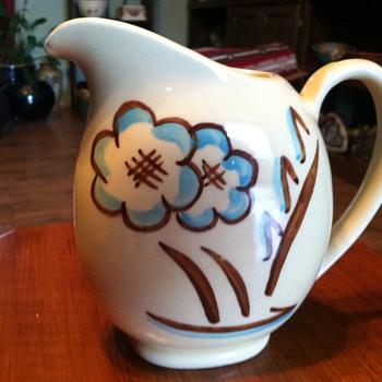 Shawnee Pottery - Pottery