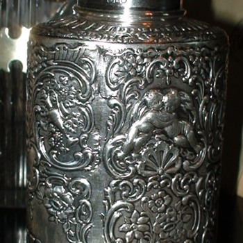 Antique English Sterling Silver Tea Caddy Cherubs Berthold Mueller - Silver