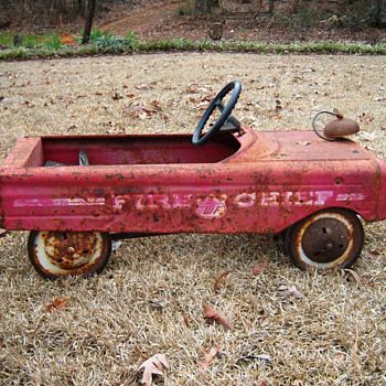 Fire chief, pedal car - Model Cars