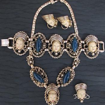 Selro Set Plus Bonus Crazy Story - Costume Jewelry