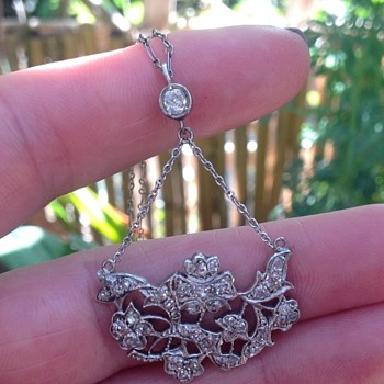 Antique Lavalier Diamond, Gold and Silver Necklace. - Fine Jewelry