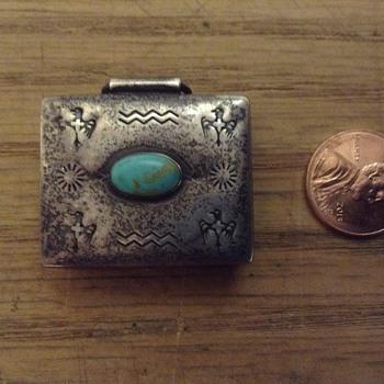 Vintage sterling silver Navajo pillbox - Silver