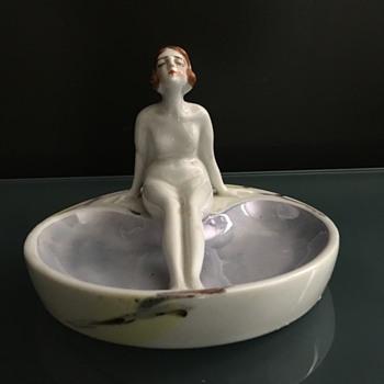 Art Nouveau Ring Dish - Accessories