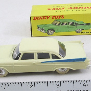 Dinky 1958 Dodge - Model Cars