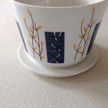 1968-Beswick-Apollo-Footed-Preserve-Jam-Pot-Cup-White-Blue-No-Lid  - China and Dinnerware