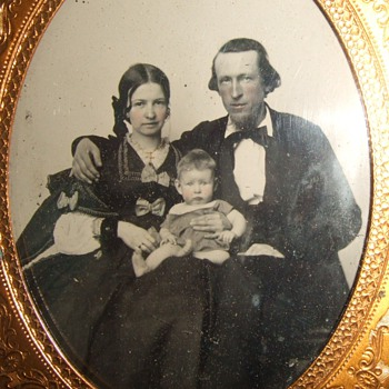 Ruby ambrotype of Louisville family