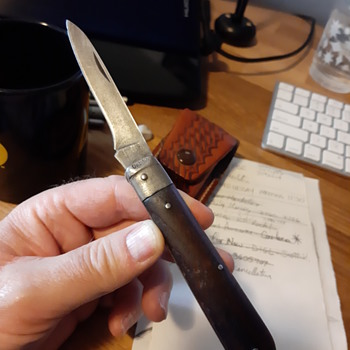 Pocket knife question - Tools and Hardware