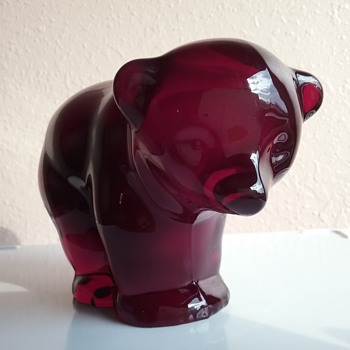 Viking Glass mama bear  - Art Glass