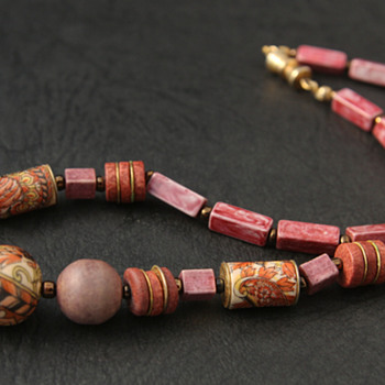 Old Rose Choker Necklace - Costume Jewelry