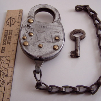 P.O.D. padlock for my model a ford mailtruck - Office