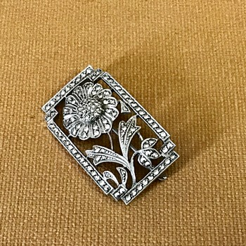 Sterling flower brooch - Fine Jewelry
