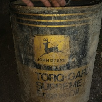 old John deer oil can  - Petroliana