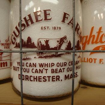 GUSHEE FARMS BABY TOP MILK BOTTLE FROM DORCHESTER, MASS - Bottles