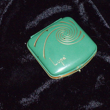 Vintage Compact found after 32 years - Accessories