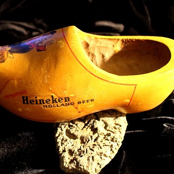 Wooden Shoes... - Breweriana