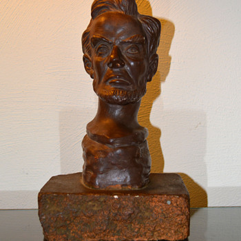 Sculpture bust of Abraham Lincoln - Figurines