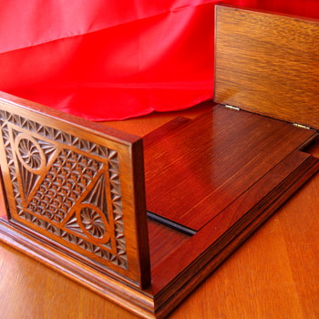 Wonderful Vintage Wood Sliding Book Holder - Books