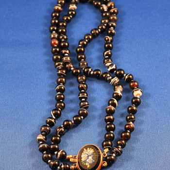 Victorian Scottish Banded Agate bead necklace Micro Mosaic clasp. - Fine Jewelry