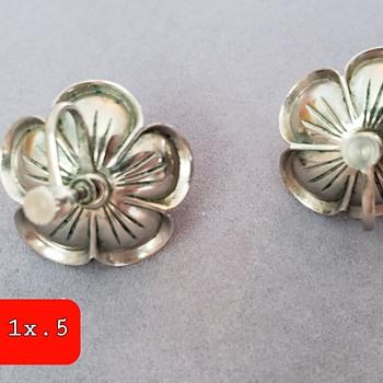 Art Nouveau jewelry set-? Pronged piece for??? - Costume Jewelry