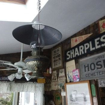 Bradley & Hubbard Country Store Lamp 1893 - Lamps